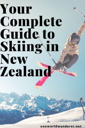 Skiing and snowboarding in New Zealand- your ultimate guide to the things to do, things to wear, which ski hills to visit, the ski-terminology to learn, and tips and tricks on the winter season in the New Zealand South Island! #skiing #wintertravel #newzealandtravel #queenstown